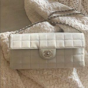 Vintage Chanel east west chocolate bar bag